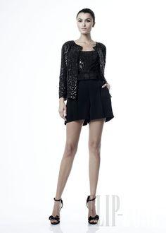 Zuhair Murad - Ready-to-Wear - Spring-summer 2012 - http://en.flip-zone.com/fashion/ready-to-wear/fashion-houses-42/zuhair-murad-2418