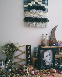 Sunday studio. 'Solaris' drawing Wooden Ophelia Crescent Moon Phase and Devonshire shelves. http://ift.tt/1OcLm2P #art #woodenophelia #woodwork #mystic #coven #bellaharris #artwork #love #plusonemore #handmade #flowers #drawing #view #moon #wood #liveauthentic #uoaroundyou #witchcraft #vscocam #artoftheday #photography de bellaharrisart