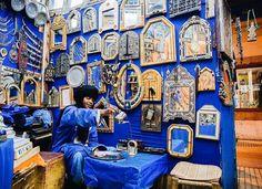 "Condé Nast Traveler (@cntraveler) on Instagram: ""#InToAfrica by @annapurnauna. Aways time for tea in Essaouira's markets ☕️"""