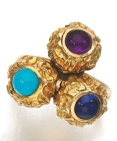 GEM SET RING, CARTIER, CIRCA 1950 Designed as three slightly articulated textured spheres, respectively set with cabochon turquoise, sapphire and amethyst, size J, signed Cartier. Piaget Jewelry, Cartier Jewelry, Jewelry Watches, Sapphire, Amethyst, Vintage Jewelry, Fashion Jewelry, Gemstone Rings, Turquoise