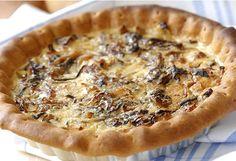 Tarte à l'oignon à la crème _ http://www.cuisineaz.com/dossiers/cuisine/plats-creme-13671.aspx