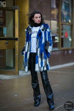 McKenna Hellam Model Off Duty by STYLEDUMONDE Street Style Fashion Photography0E2A7923