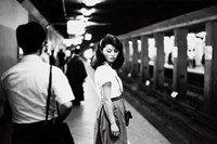 b17. Ed van der Elsken, Tokyo, Meisje in de subway