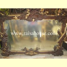 Angel Mirror  #Mirrorfurniture #AngelMirror #Woodenfurniture #Mahoganyfurniture #Bedsidefurniture #Bedsetfurniture #Livingfurniture #Antiquefurniture #ClassicMirror Mahogany Furniture, Living Furniture, French Mirror, Mirrored Furniture, Jepara, Classic Mirror, Furniture Factory, Bedside Furniture, Bed Furniture Set