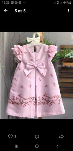 46 Ideas Sewing Baby Girl Clothes Tuto Robe For 2019 Frocks For Girls, Kids Frocks, Little Girl Dresses, Girls Dresses, Baby Dress Design, Baby Girl Dress Patterns, Frock Design, Baby Girl Fashion, Kids Fashion