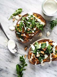 Pumpkin Arugula Tartine + Cashew Cream Sauce かぼちゃとルッコラのタルティーヌ + カシュークリームソース – Weekend Goodies
