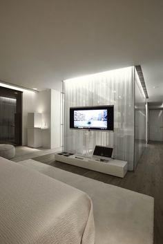 Hermoso efecto de luz cenital, con paneles vidriados y cortinados por detras. Super etéreo.