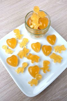 Sooth a sore throat and eliminate cold and flu symptoms with this easy, DIY cold remedy! This lemon, honey, ginger sore throat gummies recipe is a winner!