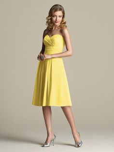 Bridesmaids possibly in yellow...but that doesn't go well with groomsmen in khaki/linen...
