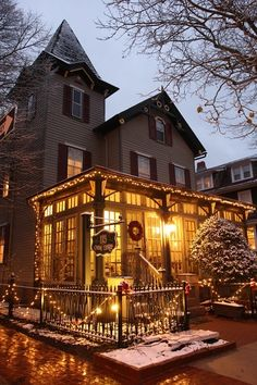Christmas Candlelight House Tour, Cape May, New Jersey
