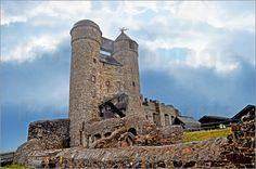 Burg Greifenstein, Hessen Poster von Pirmin Nohr antik Burg deutschland Greifenstein Hessen himmel historisches Gebäude Ruine Turm wolken ancient castle germany hesse sky #historical building #ruin # tower #clouds