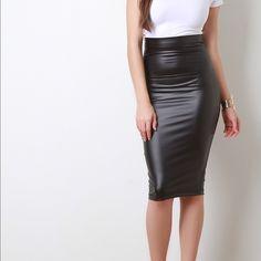Vegan Leather High Waisted Pencil Skirt NWOT- Vegan Black Skirt Skirts Pencil