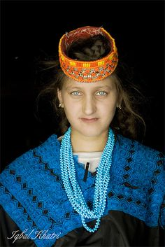 Kalash girl , Chitral, Pakistan Kalash women The Kalash (Nuristani: Kasivo) or Kalasha, are an ethnic group of the Hindu Kush mountain range, residing in the Chitral district of the North-West Frontier Province of Pakistan. They speak the Kalash language, a member of the Dardic family of Indo-Aryan.