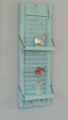 Primitive Shelf Shabby Chic Aqua Robin's Egg Blue Red Unique Wood Shutter Rustic Wall Decor Country Primitive – Shabby Chic Decor Ideas Shabby Chic Rustique, Rideaux Shabby Chic, Baños Shabby Chic, Shabby Chic Shelves, Shabby Chic Wardrobe, Shabby Chic Wall Decor, Shabby Chic Curtains, Rustic Shelves, Shabby Chic Bedrooms