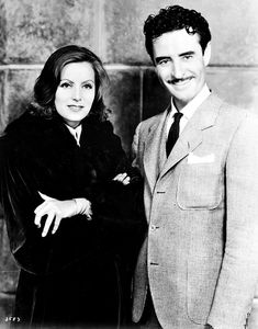 Greta Garbo and John Gilbert promoting their film Queen Christina in I am not the author of these images. Check out Henry Benson' superb shot of Greta Garbo right here Hollywood Couples, Hollywood Cinema, Old Hollywood Glamour, Golden Age Of Hollywood, Hollywood Stars, Classic Hollywood, Hollywood Icons, Hollywood Actresses, John Gilbert