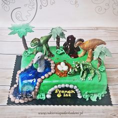 66BD. Tort z dinozaurami Jurrasic Park. Dinosaurs Cake – for the fans of Jurassic Park.