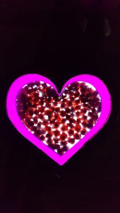 Vamos a amarnos unos a otros con el corazón de la Madre. #amor #madre #corazón #DiosMadre