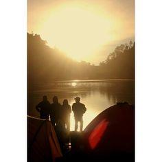 When the sunsetlight shine, Ranu Kumbolo