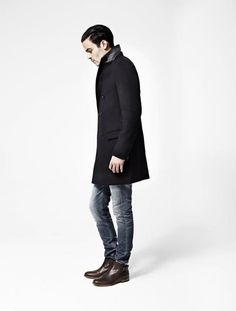 All Saints Autumn/Winter 2012 Menswear Collection Modern Mens Fashion, Love Fashion, Clean Cut Men, Outfit Combinations, Gentleman Style, All Saints, Modern Man, My Guy, High Collar