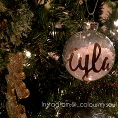 Customized hand-lettered  ornaments made by ColourMySoul (Instagram: @_colourmysoul | Email: colourmyorder@gmail.com)