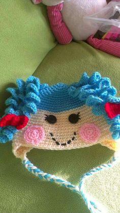 LA la loopsy hat for Nessa