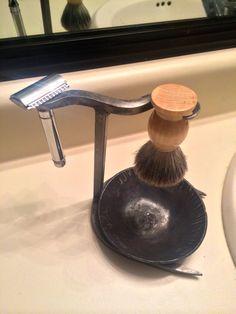 Safety Razor and Brush Shaving Stand With Shaving Cream Drip Bowl