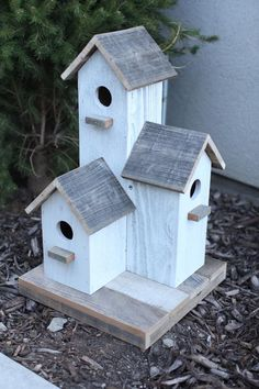 Would you like to have a bird house in your yard? which way should bird houses face. Learn the best tips, suggestions and suggestions for producing great birdhouses for all types of birds. Click the link for the complete latest info! Large Bird Houses, Wooden Bird Houses, Decorative Bird Houses, Bird Houses Diy, Bird House Plans, Bird House Kits, Birdhouse Designs, Birdhouse Ideas, Birdhouse Post