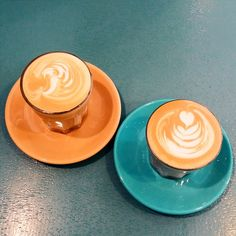 Brawn & Brains | Cafe latte with Colombian Supremo & Sumatra Lintong coffee beans.
