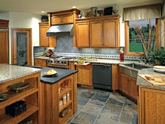 Google Image Result for http://www.canyoncreek.com/images/PhotoGallery/CornerstoneKitchens/Cherry/Houston225.jpg