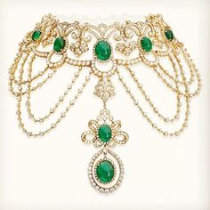 """""""Obsessed with this @farahkhanali magnificent and majestic Emerald and diamond necklace #FKFJDesign  #JewelryJournal"""""""