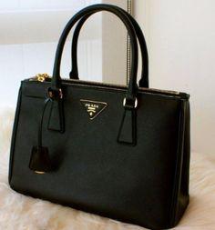 Bolsa Prada Saffiano Preta EM8589