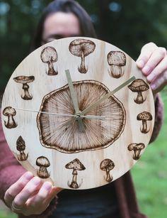 try printing actual shroom Wood Burning Crafts, Wood Burning Patterns, Wood Burning Art, Wood Crafts, Diy Wood, Mushroom Drawing, Mushroom Art, Wood Burn Designs, Wood Design