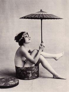 Unknown 1920's starlet, unknown studio.
