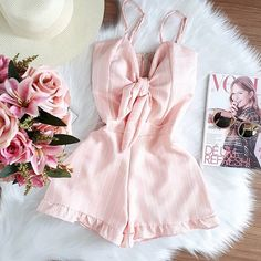Pretty pastels hide all sins! Grab your cutest pair of dress and style it differently with the help of your own stylist. Didnt fill the questionnaire yet? Go ahead and do it for your personalised box full of goodies of your style. Tumblr Outfits, Girly Outfits, Pretty Outfits, Casual Outfits, Cute Outfits, Casual Dresses, Look Fashion, Teen Fashion, Fashion Outfits