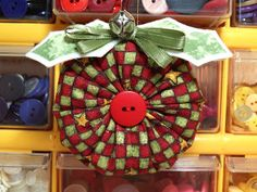 At a glance, the yo-yo used in this project looks like a traditional fabric yo-yo, but it& not. This method calls for a rectangular piece . Quilted Christmas Ornaments, Easy Christmas Decorations, Fabric Ornaments, Christmas Sewing, Christmas Fabric, Christmas Thoughts, Christmas Holidays, Merry Christmas, Christmas Projects