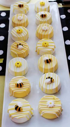 Chocolate Covered Oreo's Cookies (12) Bumble Bee Theme Cookie Baby Shower Party Favors Individually Wrapped Baked Goods