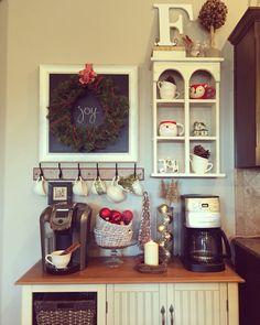 Farmhouse style Christmas coffee bar. Coffee Station Kitchen, Home Coffee Stations, Coffee Nook, Coffee Corner, Coffee Bars, Coffee Stands, Coffee Break, Cafe Bar, Christmas Coffee