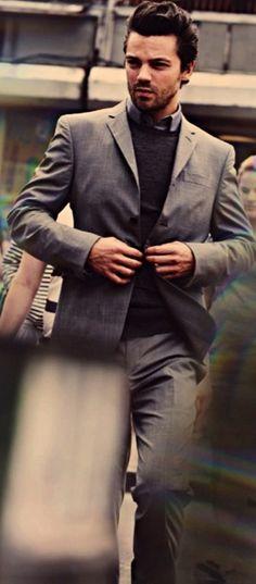 Looking good Dominic Cooper ;) #MammaMia #CaptainAmerica