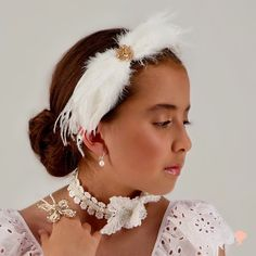 Don't mix, just match! 💖 Double tap if you also love how these white and cream accessories complement each other. ✨ Clip Hairstyles, Wedding Hairstyles, Girls Clips, Kids Branding, Party Accessories, Bridal Flowers, Double Tap, Luxury Branding, Bride
