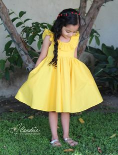 Belle Inspired Tea Party Dress PDF Pattern by Tadah Patterns Sewn by Candice Ayala Source by candiceayala dress for kids Girls Frock Design, Baby Dress Design, Baby Frocks Designs, Kids Frocks Design, Kids Dress Wear, Little Girl Dresses, Baby Frock Pattern, Frock Patterns, Coat Patterns