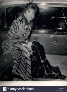 Jan. 01, 1970 - Gina Lollobrigida In London. Lovely Gina Lollobrigida Stock Photo, Royalty Free Image: 69445628 - Alamy