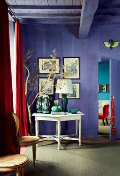 This wall color simply takes our breath away.