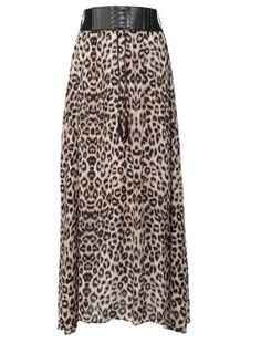 Not normally into animal prints for my main clothes, but I do like this skirt