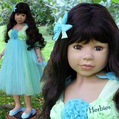 Masterpiece Dolls Princess and the Pea, Brunette, Brown Eyes by Monika Levenig #Masterpiece #Dolls