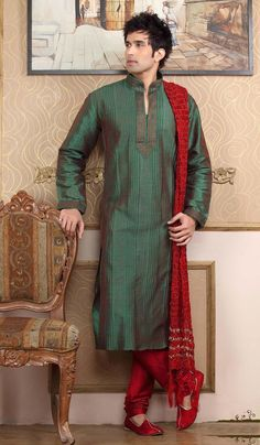 Kurta Pajama- Shop the latest Indian Kurta Pajama. Check out our wide range of Men's Kurta Pyjamas, Wedding Kurta Pyjamas, Designer Kurta Pajamas in Cbazaar with attractive prices and discounts. Shalwar Kameez, Churidar, Mehndi Dress For Mens, Mens Traditional Wear, Indian Kurta, Wedding Sherwani, Indian Man, Indian Groom, Dressing Rooms