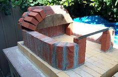 Brian's Brick Oven Folly good diagrams and explanation of using it correctly. Build A Pizza Oven, Diy Pizza Oven, Pizza Oven Outdoor, Outdoor Cooking, Pizza Ovens, Outdoor Kitchens, Wood Fired Oven, Wood Fired Pizza, Outdoor Chairs
