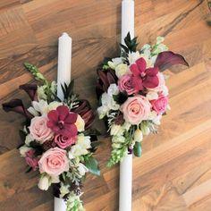 Lumanari de cununie cu orhidee Vanda si cale Aranajamentele florale create pentru aceste lumanari, sunt unele cu totul deosebite, datorita Palm Sunday, Greenhouses, Floral Wreath, Easter, Candles, Wreaths, Table Decorations, Weddings, Flowers