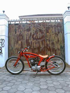 Vw Vintage, Vintage Bikes, Vintage Motorcycles, Custom Motorcycles, Trike Bicycle, Motorized Bicycle, Custom Street Bikes, Custom Bikes, Bobber Motorcycle