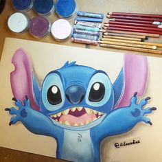 Materials: soft pastel colors Rembrandt, Panpastels, Canson Mi-teintes Papier / Papel, pastel pencils from Faber-Castell. I've already missed the cakes ♡ I hope you like it. Stitch is one of my favorite characters> ~ Disney Sketches, Disney Drawings, Cartoon Drawings, Pencil Art Drawings, Cute Drawings, Rembrandt Drawings, Disney Character Drawings, Lilo Und Stitch, Paul Klee Art