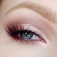 Pink Shadow - #dressedinmint #pinkshadow #eyemakeup #pinkmakeup #eyes #pinkmakeup -  bellashoot.com, bellashoot iPhone & iPad app